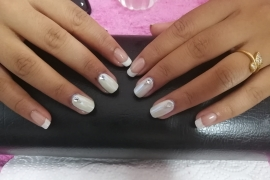 French-Gel-Nail-Training-in-Kathmandu-Migliore-Nails-French-Gel-Nail-Natural-Pink-White-Gel-Color-Chrome-White-Diamond-5