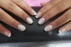 French-Gel-Nail-Training-in-Kathmandu-Migliore-Nails-French-Gel-Nail-Natural-Pink-White-Gel-Color-Chrome-White-Diamond-6