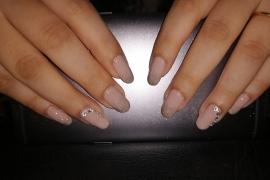 gel-nail-nude-color-golden-glitter-stone-nail-art-in-kathmandu-nepal-migliore-nails-nailarttraininginkathmandunepal-4