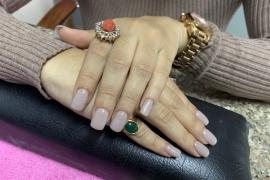 nude-nail-gel-extension-nail-art-training-in-kathmandu-migliore-nails-5