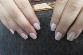Nude-Off-White-Gel-Polish-Golden-Glitter-on-Natural-Nail-Nail-Art-in-Kathmandu-Nepal-Migliore-Nails-7